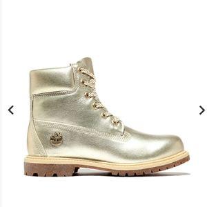 Timberland Womens 6 Inch Waterproof Boots Size 7